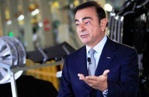 Ông Carlos Ghosn vẫn giữ chức CEO hãng xe Renault