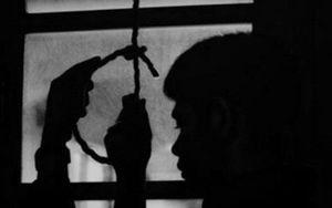 Giám đốc Phòng giao dịch Agribank treo cổ tự tử sau nhà