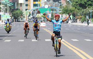 Tay đua Phan Tuấn Vũ Bike Life Đồng Nai về nhất chặng 9 Giải xe đạp Nam Kỳ Khởi Nghĩa 2018