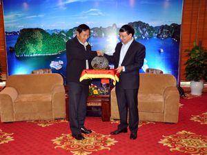 Phó Bí Thư Thường trực Tỉnh ủy tiếp Đoàn đại biểu Đảng Đoàn kết và Phát triển Myanmar
