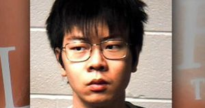 Du học sinh Trung Quốc 'đầu độc' bạn cùng phòng nhiều tháng liền