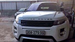 Lộ diện người lái Range Rover đâm nữ sinh, người bị bắt chỉ đóng thế
