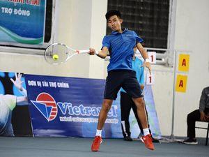 Nguyễn Văn Phương vô địch đơn lẫn đôi nam giải Vietnam Master – Vietravel Cup 2018
