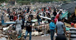 Kinh hoàng: Con số người chết trong vụ sóng thần tại Indonesia lên đến 280 người, hơn 1.000 nạn nhân bị thương