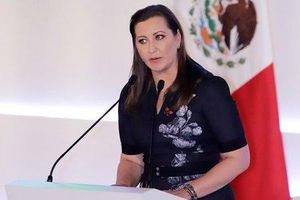 Vợ chồng thống đốc Mexico tử nạn rơi trực thăng trong đêm Giáng Sinh