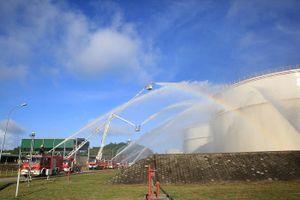 Thao diễn phòng cháy chữa cháy tại Nhà máy Lọc dầu Dung Quất
