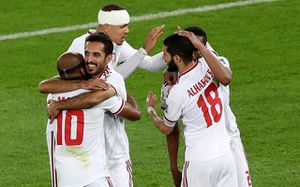 Thắng Ấn Độ 2-0, chủ nhà UAE tạm dẫn đầu bảng A