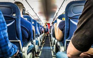 6 thứ bẩn nhất trên máy bay mà bạn tốt nhất đừng nên chạm vào, trừ cái thứ 5 là do bắt buộc