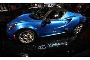 Choáng ngợp vẻ đẹp ô tô tại Triển lãm Detroit Mỹ