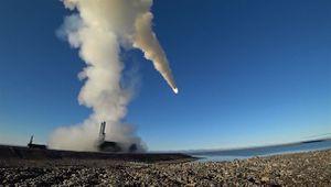 Tên lửa bờ siêu thanh diệt mục tiêu tại Bắc Cực