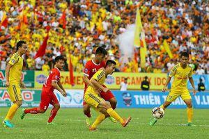 Nam Định tuyển hàng loạt ngoại binh và cầu thủ nhập tịch sau khi nhận tài trợ 'khủng'
