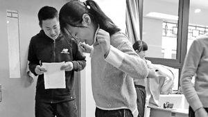 Học sinh tăng cân sau Tết bị phạt chạy bộ mỗi ngày