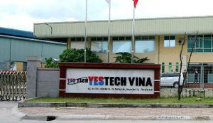 Tặng quà Tết cho công nhân Công ty TNHH Yestech Vina bị mất việc, nợ lương