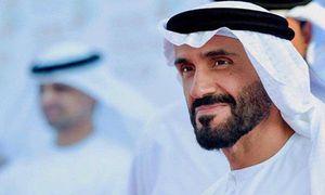 Hoàng tử UAE mua hết vé trận bán kết với Qatar giàu cỡ nào?