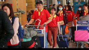 Thuê 4 tàu bay đưa công nhân về quê ăn Tết