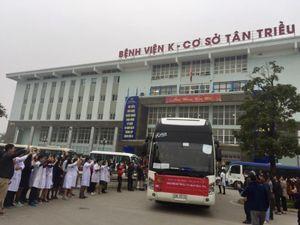 1.000 bệnh nhân lên 'Chuyến xe yêu thương' về quê đón Tết