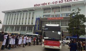 'Chuyến xe yêu thương' đưa hơn 1000 người bệnh về quê đón Tết