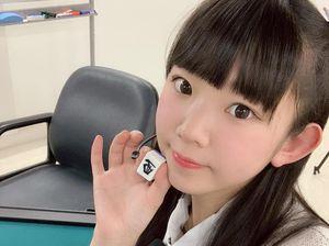 Hot girl Nhật Bản nổi tiếng vì trông như học sinh cấp 2