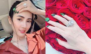 Bạn trai tặng quà Valentine hơn 5 tỷ cho Phan Thị Mơ là ai?