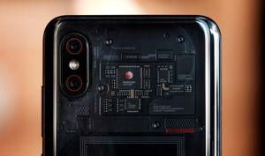 Lộ diện Xiaomi Mi 9 Explorer: mặt lưng trong suốt, 4 camera sau, giá khoảng 738 USD