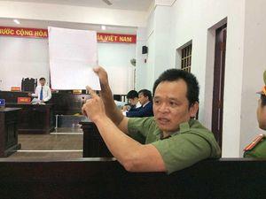 Cựu thiếu tá công an kêu oan bất thành