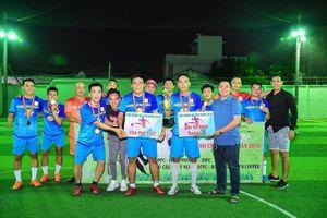 Từ 'siêu phủi' tới ông bầu, Tuấn 'nhóc' đưa FC Hồ câu Thủy Ngư vô địch giải Tân Xuân quận 9