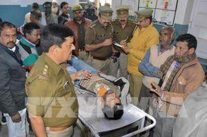 Ấn Độ: 84 người tử vong, hơn 200 người nhập viện do ngộ độc rượu