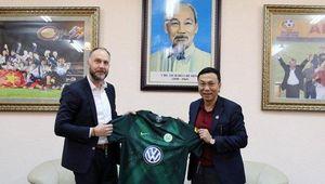 CLB ở Bundesliga đề xuất đá giao hữu với U22 Việt Nam