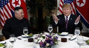 Bữa tối 'cực đơn giản' của Tổng thống Trump và Chủ tịch Kim tại Hà Nội