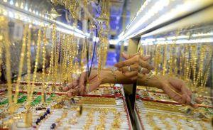 Vàng trong nước giảm, khách bán ra dưới 36,5 triệu đồng/lượng
