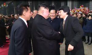 Đại sứ Việt Nam tại Triều Tiên ra ga đón ông Kim Jong Un