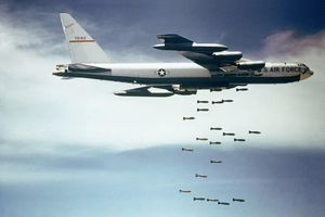 Ngay khi Hiệp định INF mất hiệu lực, Mỹ hồi sinh vũ khí thời Chiến Tranh Lạnh