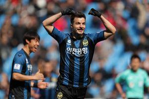 Incheon United giành chiến thắng 2-1 trước Gyeongnam