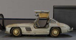 Bán đấu giá chiếc Mercedes-Benz 'đồng nát' dự kiến thu về 100 tỷ đồng: Đây chính là lý do