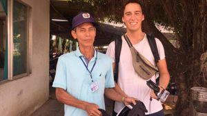Bác bảo vệ tìm được chủ nhân túi xách chứa tài sản lớn nhờ... đăng Facebook