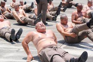Cảnh sát Thái Lan bị gửi đi trại giảm béo vì 'lười biếng' và 'ăn quá nhiều'