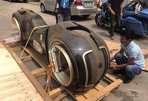 'Siêu quái' Tron Light Cycle đầu tiên tại Việt Nam có giá 2,7 tỷ đồng