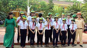BẢN TIN THÁNG THANH NIÊN 2019:Quảng Nam tổ chức tuyên truyền luật giao thông