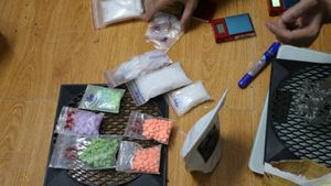 Khám phòng trọ 'đầu nậu' ma túy, phát hiện 1 kg ma túy đá