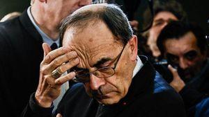 Giáo hoàng bác đơn từ chức của hồng y Pháp bao che xâm hại tình dục