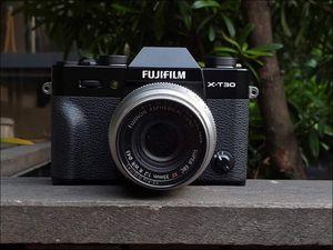 Fujifilm ra mắt máy ảnh X-T30 tại Việt Nam, giá bán từ 21,99 triệu đồng