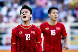 HLV Park Hang-seo bất ngờ phản pháo những chỉ trích Quang Hải