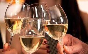 Nghiên cứu mới: Rượu là nguy cơ gây ra chứng sa sút trí tuệ sớm