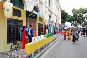 Việt Nam có tiềm năng phát triển du lịch không thua kém Singapore