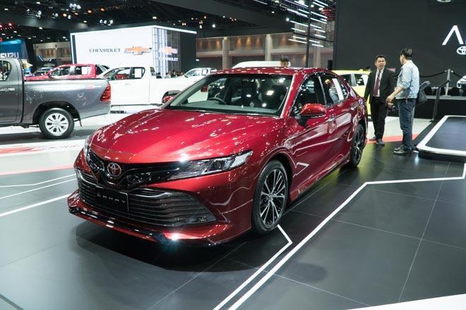 Toyota Camry 2019 ra mắt tại Việt Nam vào tháng 4