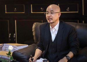 Xử ly hôn vợ chồng Trung Nguyên: Chia tài sản theo tỷ lệ 6/4, giao Trung Nguyên cho ông Vũ quản lý