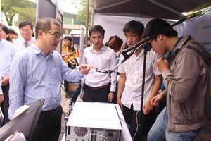 Sôi động Festival khoa học công nghệ sinh viên ĐH Đà Nẵng
