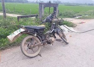 Gây tai nạn chết người, hai thanh niên lấy xe máy nạn nhân bỏ trốn