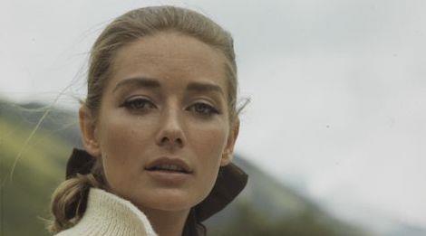 Bond Girl đẹp nhất lịch sử 'James Bond' qua đời