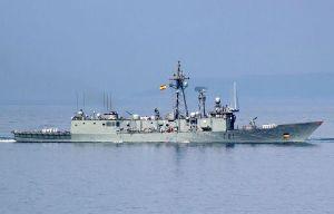 Hai tàu hàng hải thuộc NATO thăm cảng Ukraine ở Biển Đen